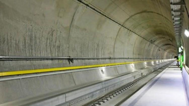 Unter und über den Gotthard – Sonderreise zur Eröffung des Basistunnels